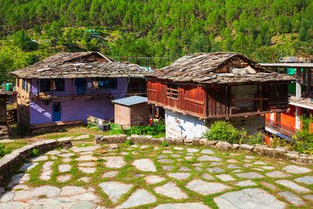 Local houses in Kasol village in Himachal Pradesh state in India 版權商用圖片