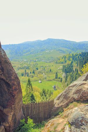 Tustan - old rock fortress city in Carpathians 版權商用圖片