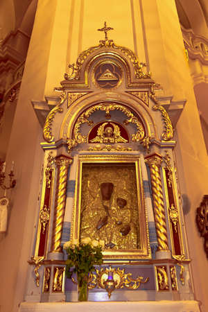 Golden Icon of Our Lady in the Armenian Cathedral in Lviv 新聞圖片