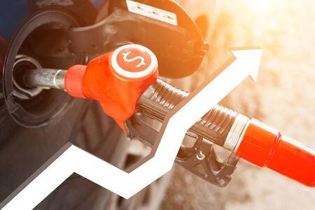 Increase in gasoline prices Foto de archivo - 129087263