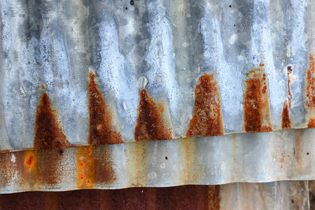 corrode: Stack sheet zinc corrode are dangerous if not careful in usage. Galvanized steel sheet piles are dangerous if not carefully used. The galvanized sheet rust dangerous if the careless use.
