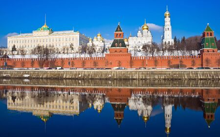 moskva river: Famous Moscow Kremlin and beautiful reflection in Moskva river, Russia