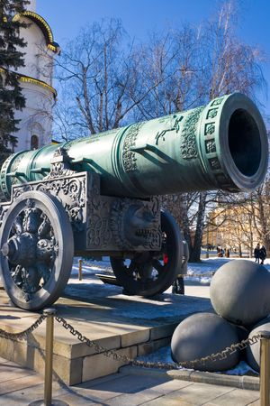 largest: Tsar Pushka - huge ancient cannon, Moscow Kremlin, Russia