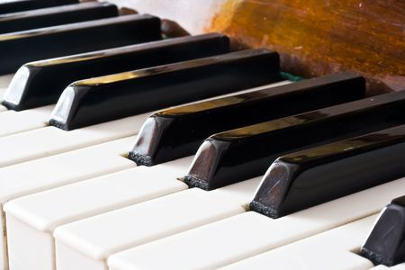 Old piano keyboard Stock Photo - 5726877