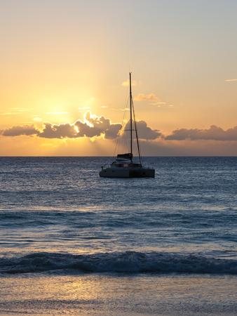 Yacht at sunset Stock fotó