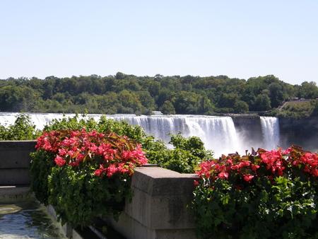 deluge: Niagara Falls - USA  Canada