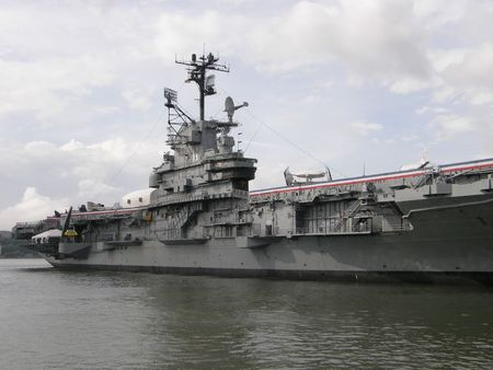 intrepid: Intrepid Museum in New York City