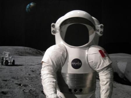 weightless: Astronauta