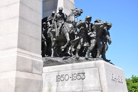 National War Memorial in Ottawa, Canada Banque d'images - 117387624