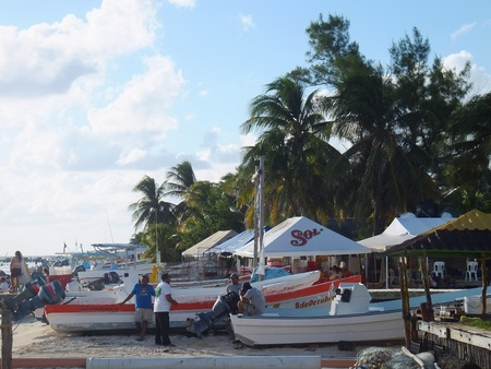 mujeres: Isla Mujeres in Mexico