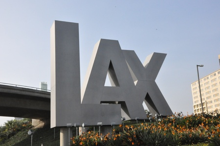 LAX Sign at Los Angeles International Airport in California 新聞圖片
