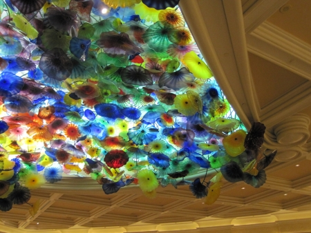 LAS VEGAS - JULY 9  Ceiling of the Bellagio in Las Vegas, on July 9, 2013  Dale Chihuly s Fiori di Como, composed of over 2,000 hand-blown glass flowers, covers 2,000 sq ft of the lobby ceiling  Stock Photo - 21969640