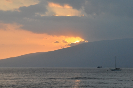 Sunset in Maui, Hawaii photo