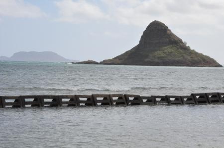 Chinaman s Hat Island in Oahu, Hawaii Stock Photo - 22005063