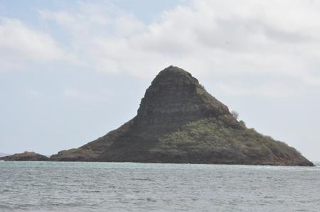 Chinaman s Hat Island in Oahu, Hawaii Stock Photo - 22005065