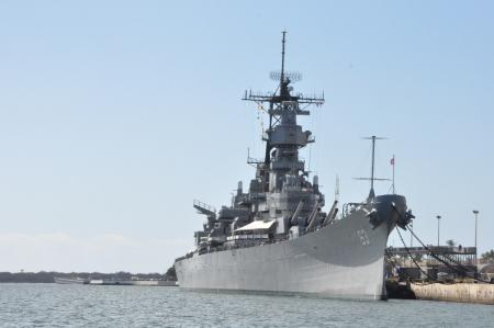 El acorazado USS Missouri en el Pearl Harbor en Hawai Foto de archivo - 22051945