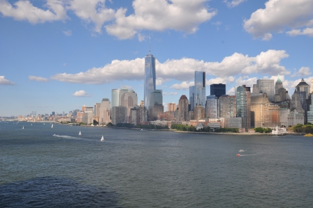 Lower Manhattan Skyline con One World Trade Center