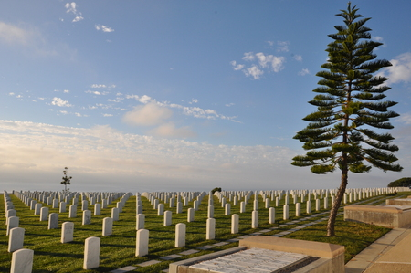 bury: United States Military Cemetery in Point Loma in San Diego, California