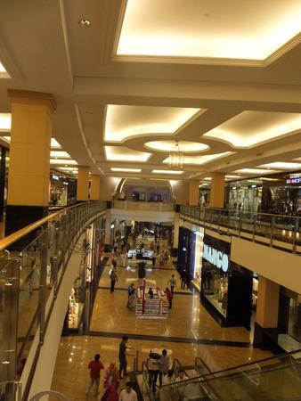 mall of the emirates: Mall of the Emirates in Dubai, UAE