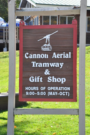 notch: Cannon Mountain Aerial Tramway at Franconia Notch State Park in White Mountains, New Hampshire Editorial