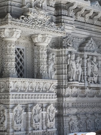 acreage: The Akshardham temple in Robbinsville, New Jersey. Final construction is planned to be completed by 2017 and it will spread over 162 acres, making it the largest Hindu temple in the world in acreage.