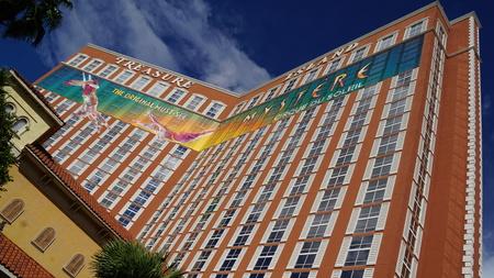 isla del tesoro: Treasure Island Hotel and Casino en Las Vegas