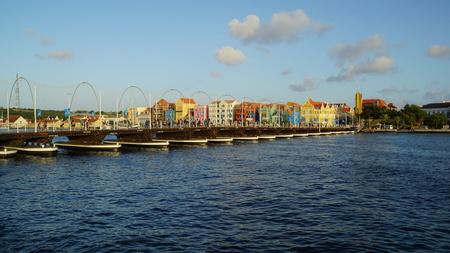pontoon: Queen Emma Pontoon Bridge in Willemstad, Curacao