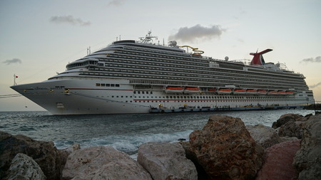 breeze: Carnival Breeze docked in Willemstad, Curacao