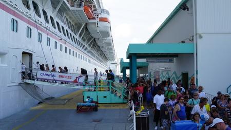 breeze: Carnival Breeze in Oranjestad, Aruba Editorial