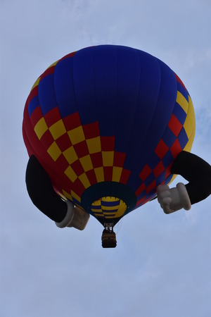 Lancement de ballons à l'aube au Festival de montgolfières de Hot Adirondack 2016 Banque d'images - 76288015