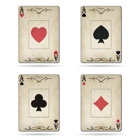 cartas de poker: As de espadas, as de corazones, as de diamantes, as de tr�bol tarjetas de poker aspecto antiguo aislado en el fondo blanco