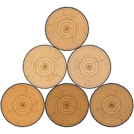 maderas: Madera blanda en pir�mide aislada en el fondo blanco.