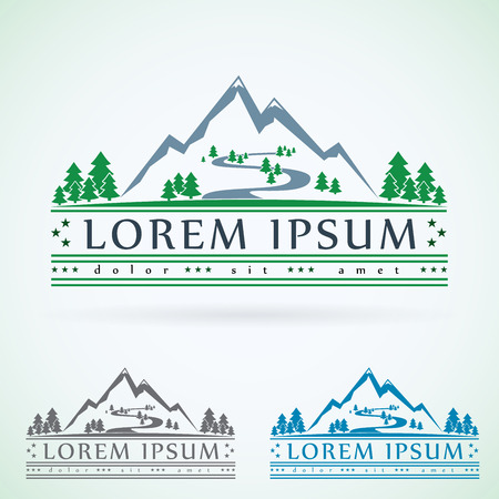 Mountains vintage vector logo design template, green tourism icon. Stock Illustratie