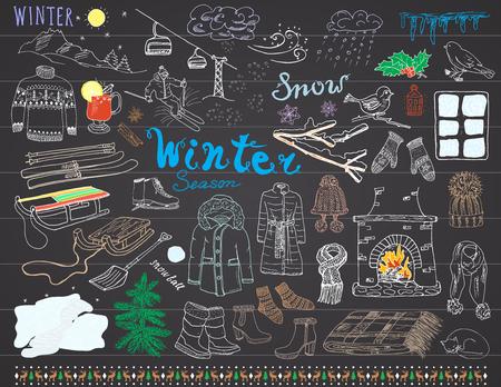 vin chaud: Saison d'hiver mis en �l�ments de griffonnages. Hand Drawn r�gl� avec verre de vin chaud, des bottes, des v�tements, chemin�e, montagnes, ski et sladge, couverture chaude, chaussettes et chapeaux, et les mots de lettrage. Dessin ensemble. Illustration