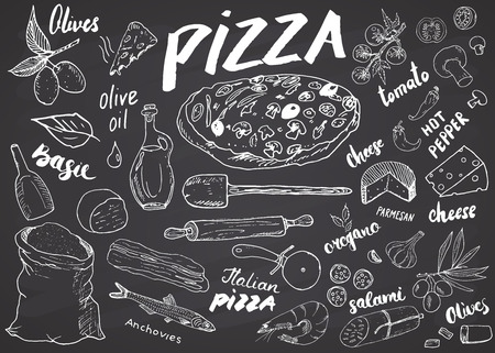 Zestaw szkic ręcznie rysowane Pizza menu. Szablon projektu przygotowania pizzy z serem, oliwkami, salami, pieczarkami, pomidorami, mąką i innymi składnikami. ilustracji wektorowych na tle tablicy.