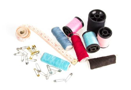 kit de costura: Costurero en blanco.