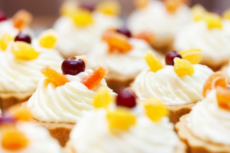 Cupcakes with cranberry