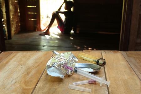 arrepentimiento: El concepto de los problemas de drogas en la juventud.
