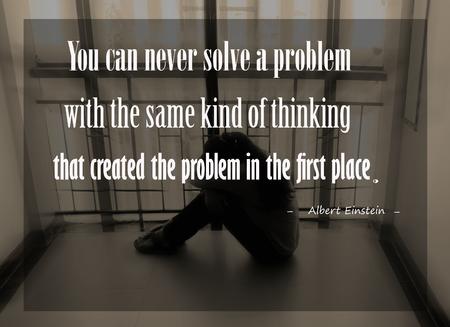日没の背景をぼかしにアルバート ・ アインシュタインによってインスピレーションを引用