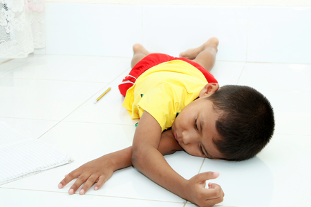 Children who are feeling tired sleep in room.