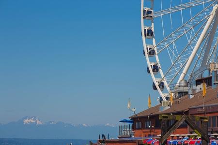 elliot: Seattle Great Wheel on waterfront