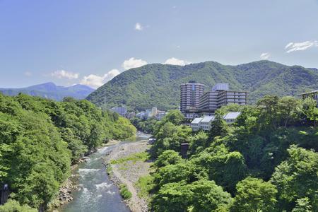 일본 관광객의 키 누가와 온천