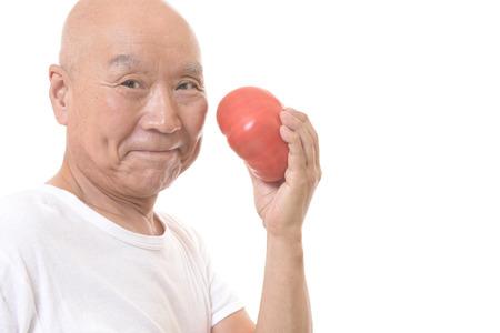 Senior to eat big tomatoes