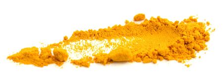 Turmeric (Curcuma) powder isolated on a white background Banque d'images - 118102059