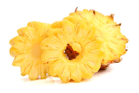 pineapple with slices isolated on white Archivio Fotografico - 118986194
