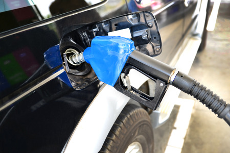 filling: petrol filling station