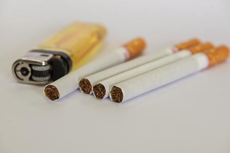 Cigarettes and lighter Reklamní fotografie - 105995450