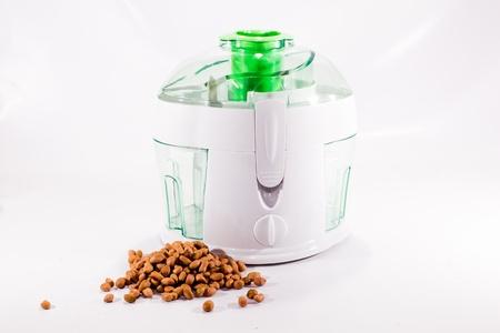 fumigador: cocina licuadora y cacahuete Foto de archivo