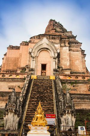 stu: Wat Chedi Luang in chiangmai of thailand Stock Photo