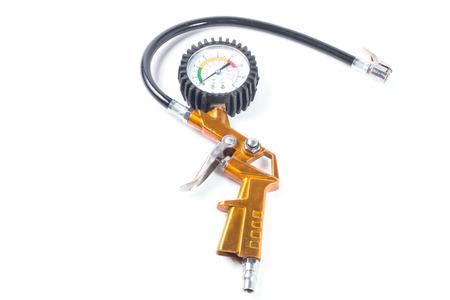compresor: man�metro de presi�n del compresor en un fondo blanco